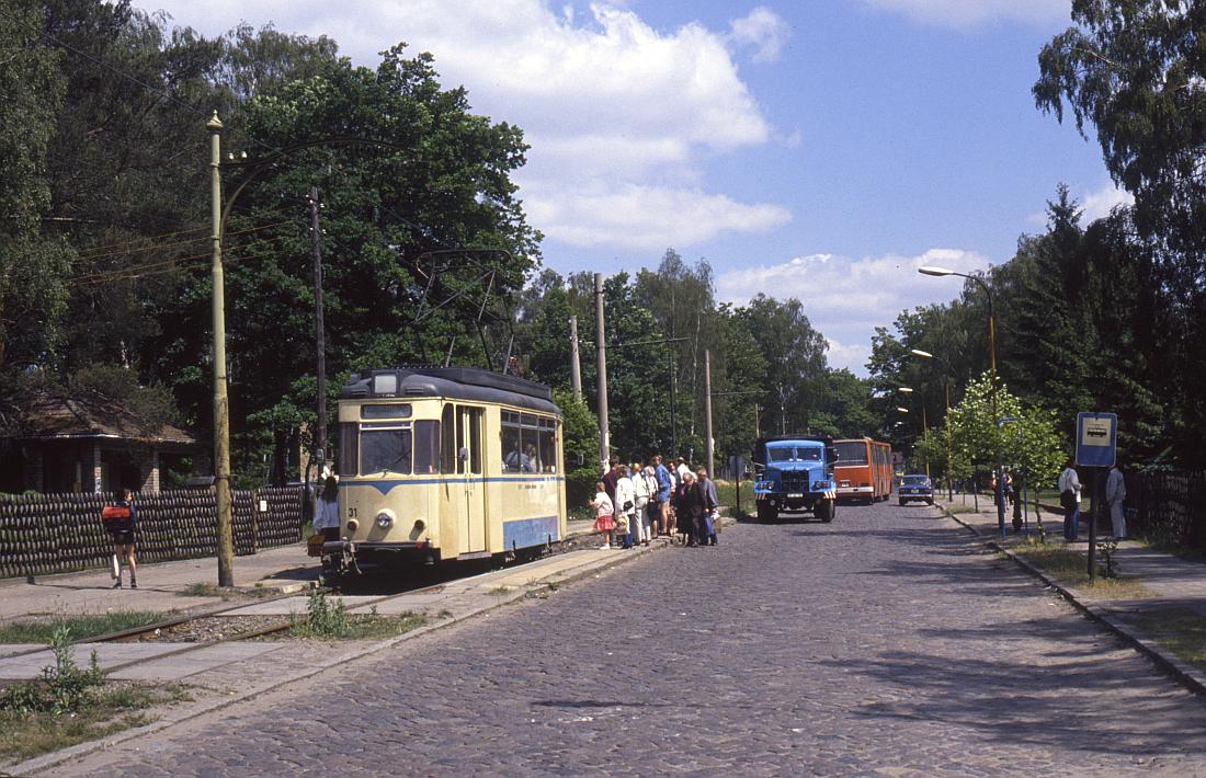 http://www.onkel-wom.de/bilder/straba_woltersdorf/straba_wol_04-101.jpg
