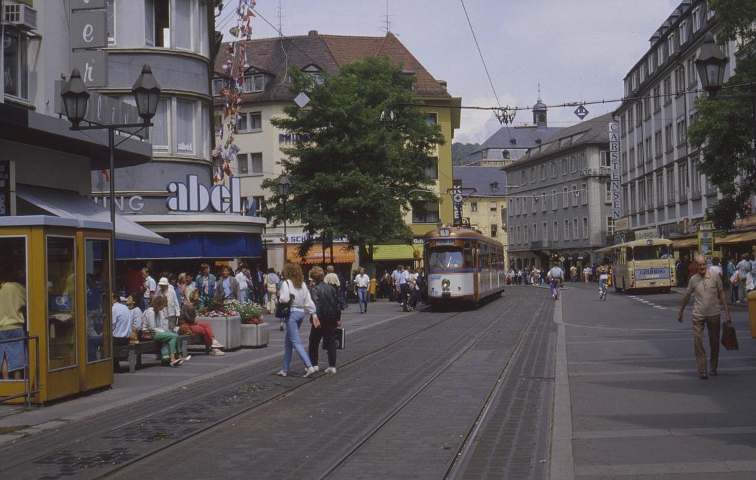http://www.onkel-wom.de/bilder/straba_wuerzburg/wue_01-109.jpeg