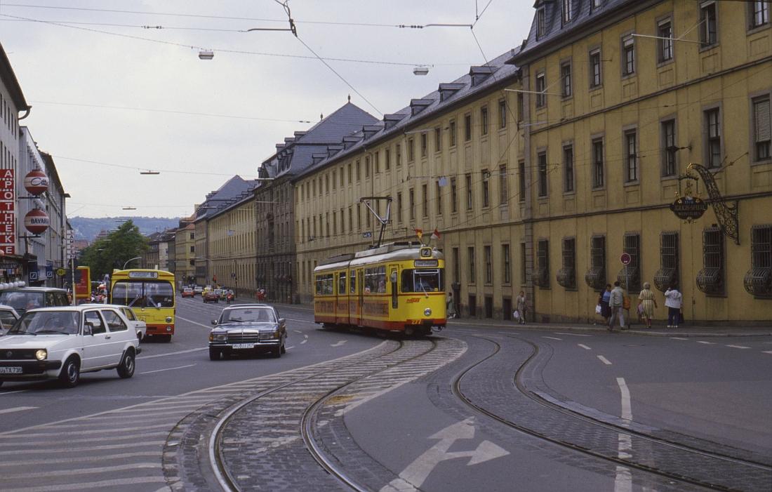http://www.onkel-wom.de/bilder/straba_wuerzburg/wue_01-110.jpeg