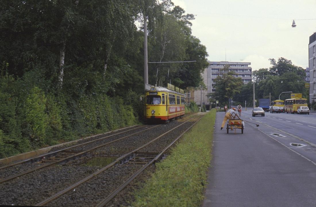 http://www.onkel-wom.de/bilder/straba_wuerzburg/wue_01-114.jpeg