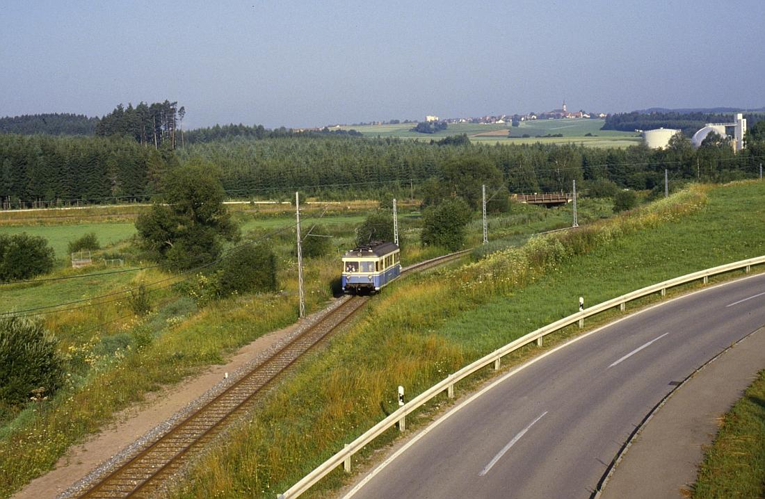 http://www.onkel-wom.de/bilder/te_trossinger-eisenbahn/te_01-103.jpg