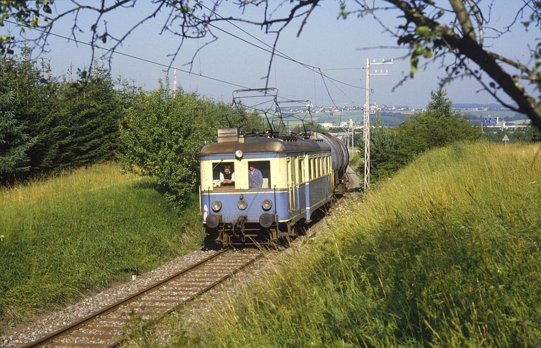 http://www.onkel-wom.de/bilder/te_trossinger-eisenbahn/te_01-104.jpg