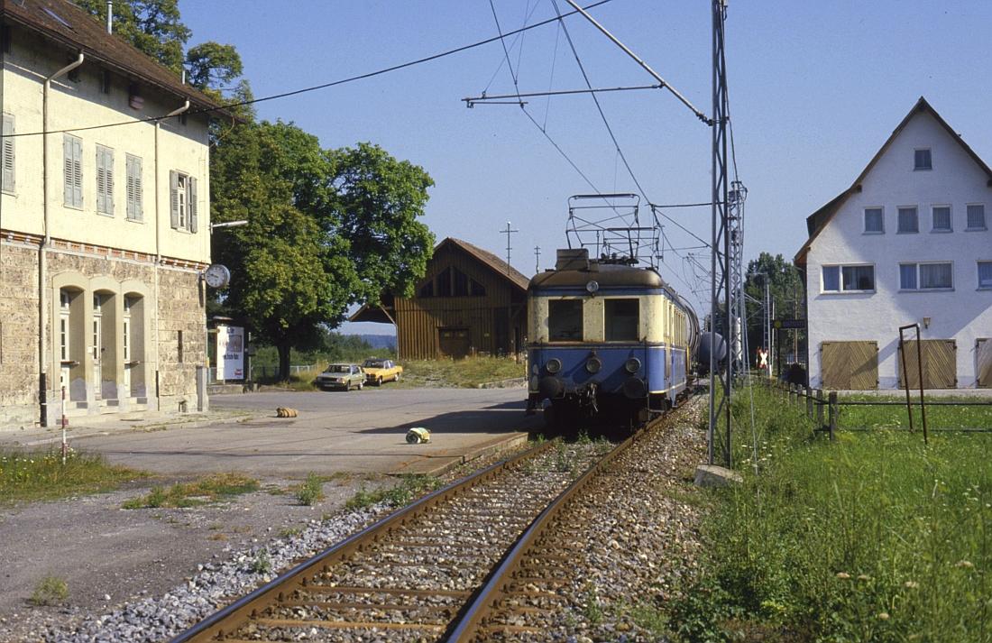 http://www.onkel-wom.de/bilder/te_trossinger-eisenbahn/te_01-107.jpg
