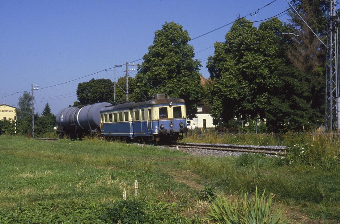http://www.onkel-wom.de/bilder/te_trossinger-eisenbahn/te_01-109.jpg